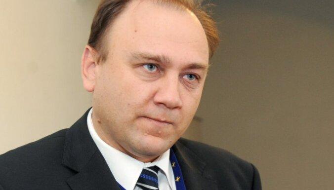 Gorodcovs: 'airBaltic' lidmašinās ķibelē vainīga priekšējās šasijas apakšējā stāvokļa atslēgas tapa