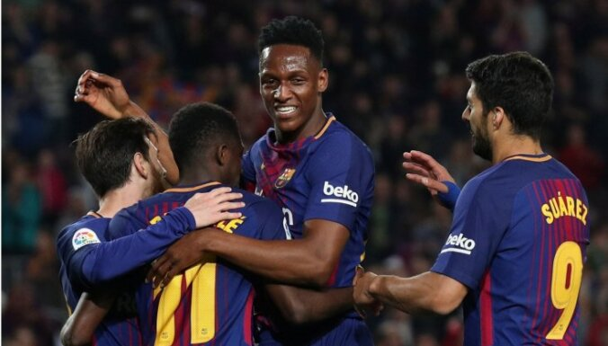 'Barcelona' nonāk divu maču attālumā no sezonas bez zaudējumiem