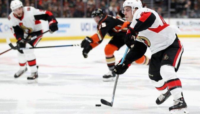 Balceram pieticīgs spēles laiks 'Senators' uzvarā pār Anaheimas 'Ducks'