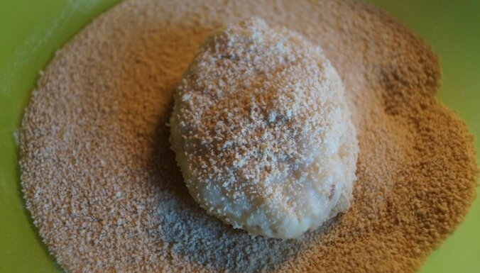 Foto recepte: sulīgas mencas kotletes soli pa solim