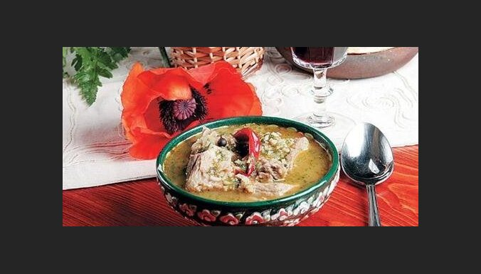 Суп-харчо с гранатовым соком