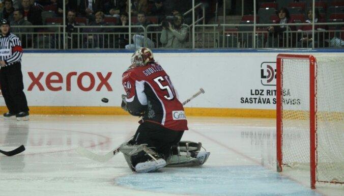 Latvijas hokeja izlase uz Franciju dodas bez vairākiem līderiem