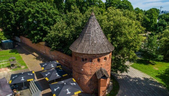 Latvijas ziemu nomainiet pret 'siltumnīcas' apmeklējumu Lietuvā: dodieties uz vietām ar neierastu vēsturi