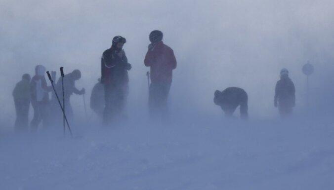 Ārvalstu kalnu slēpotājiem atpūta Austrijas kūrortos gadu mijā būs liegta