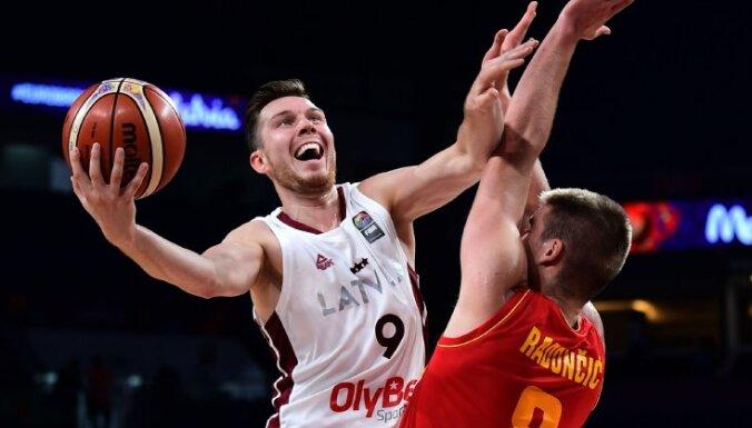 Сборная Латвии выиграла в Черногории, но на чемпионат мира не попала