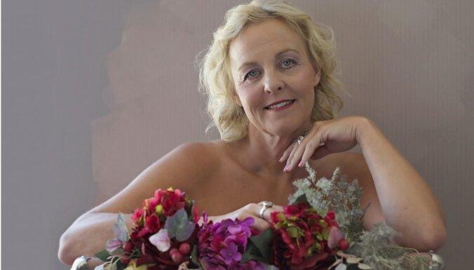 ФОТО: Обнаженная красота латвийских женщин против рака груди