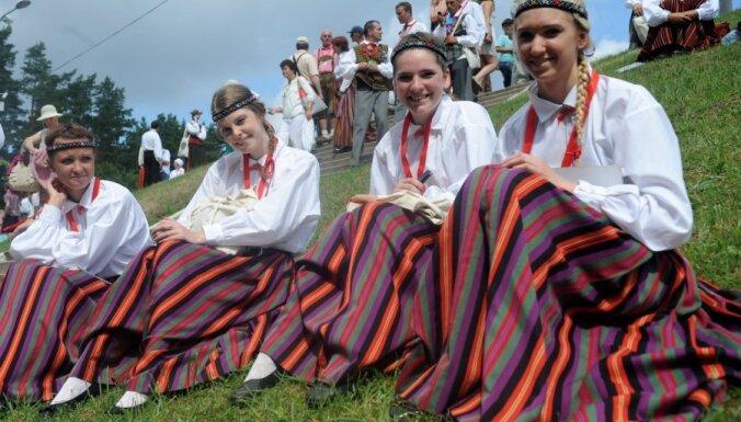 На Праздник песни и танца подали заявки 1600 волонтеров