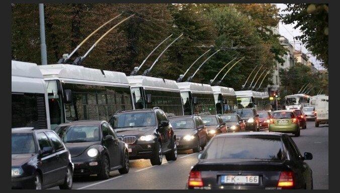 Авторы идеи о введении платы за въезд в центр Риги разъяснили свою позицию