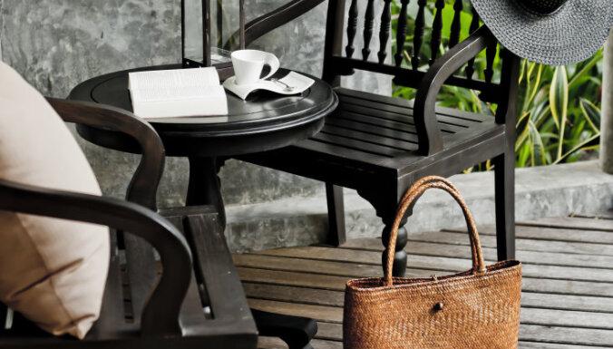 7 примеров уличной мебели, которую вы можете (и должны) использовать в помещениях
