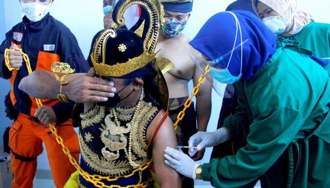 Covid-19: Indonēzijā inficēto skaits pārsniedz miljonu; globāli – 100 miljonus