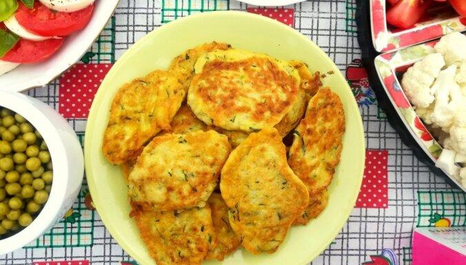 Кабачковые блинчики с плавленым сыром