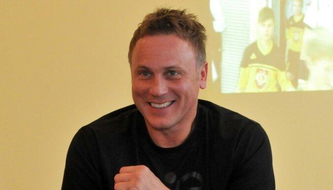 Latvijas handbola izlases treneris spēlē pret Zviedriju sensāciju nesola