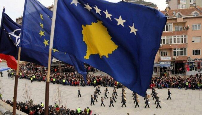 Косово подписало закон о нормализации отношений с Сербией
