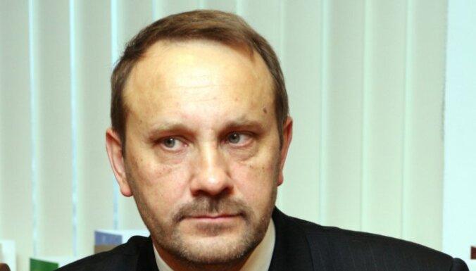 С должности смещен председатель Талсинской думы Кротов