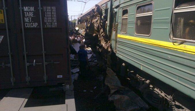 Под Липецком поезд Волгоград — Москва столкнулся с локомотивом