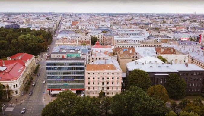 Опрос: все больше людей не видят особых преимуществ жизни в Риге