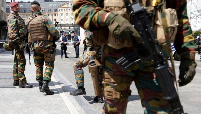 Mediji: divi Briseles pretterorisma reidos aizturētie saistīti ar martā notikušo uzbrukumu rīkotājiem