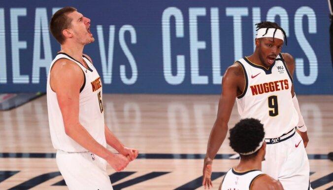 'Clippers' nepārvar lāstu – 'Nuggets' izslēdz NBA favorītus no 'play-off'