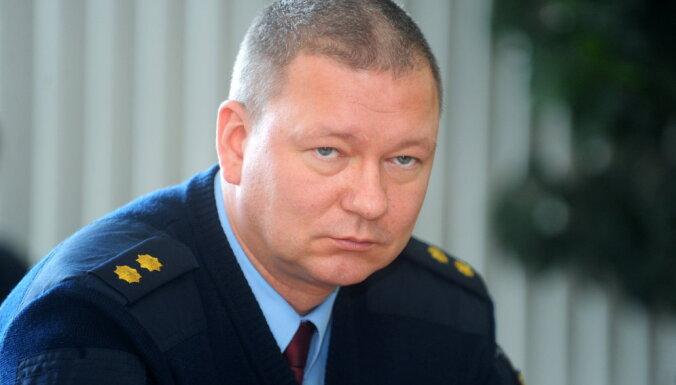 Par kukuļošanu apsūdzētā bijusī Valsts policijas amatpersona māca topošos policistus