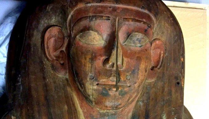 Pirms 150 gadiem atrastā 'tukšā sarkofāgā' uziet mūmiju