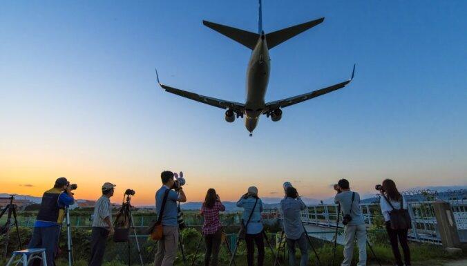 Что делать, если на самолет продали билетов больше, чем есть мест — и вас высаживают с рейса?