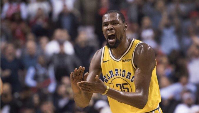Ar Duranta 51 punktu nepietiek 'Warriors' uzvarai pār NBA līdervienību 'Raptors'