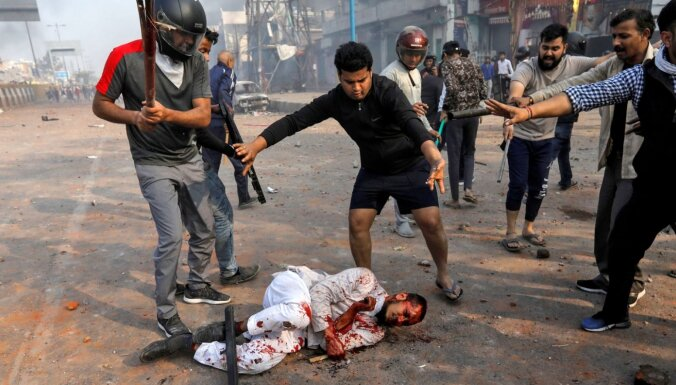 Погромы в Дели. За три ночи столкновений между мусульманами и индуистами погибли 27 человек
