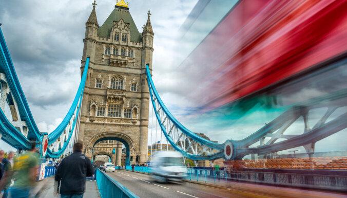 Британия выделяет £300 млрд на поддержку бизнеса из-за коронавируса. Что в других странах?