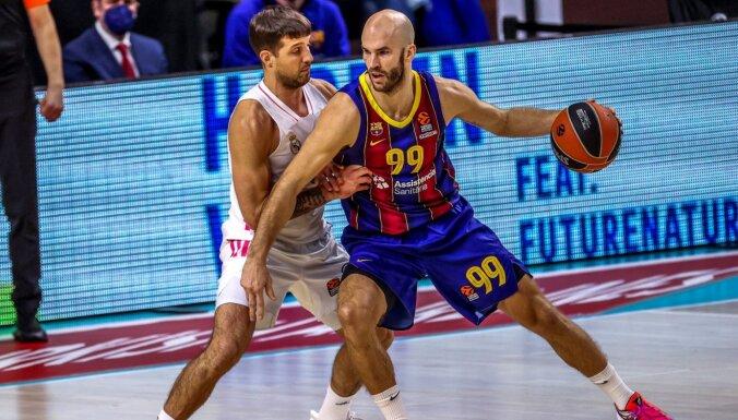 Šmits un 'Barcelona' Spānijas basketbola klasikā Eirolīgā uzvar 'Real'