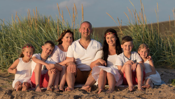 Piecu bērnu tēvs: Vislaimīgākie ir tie, kuriem ir daudz bērnu