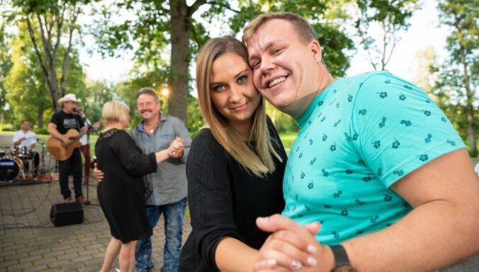 Saimniekšova brašuļi izvēlas līgaviņas; efektīgā Jeļena izbrāķē Ilmāru