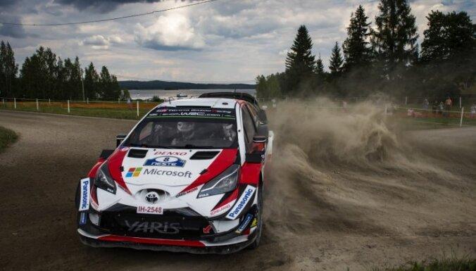 Tanaks izvirzās līderpozīcijā WRC Somijas rallijā pēc pirmās dienas