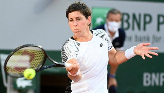 Svaresa-Navarro kortā atgriežas ar uzvarētu setu, bet nepārvar 'French Open' pirmo kārtu