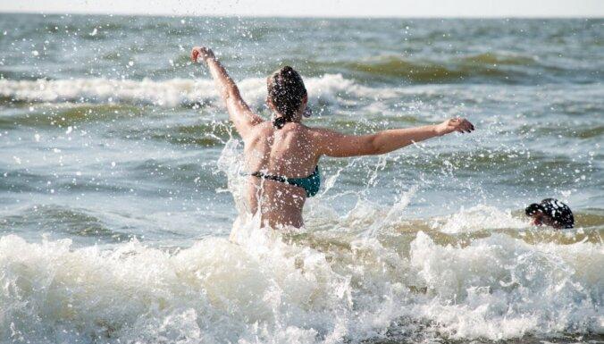 Вода местами прогрелась до +23 градусов