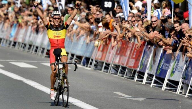 Pasaules ranga līderis Žilbērs atzīts Gada labāko riteņbraucēju
