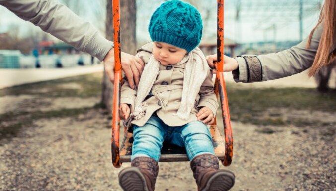 Atklāti par bērna sajūtām vecāku šķiršanās procesā. 1. daļa