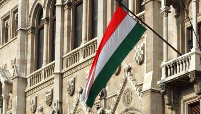 Ungārijā reidos pret neonacistu grupējumu aiztur 12 cilvēkus, konfiscētas sprāgstvielas