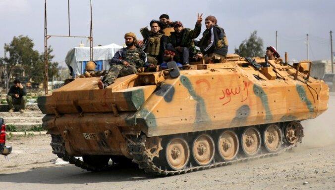 Karte: Turki kurdu Afrīnu Sīrijā plāno pilnībā okupēt maijā; apsver kampaņu arī Irākā