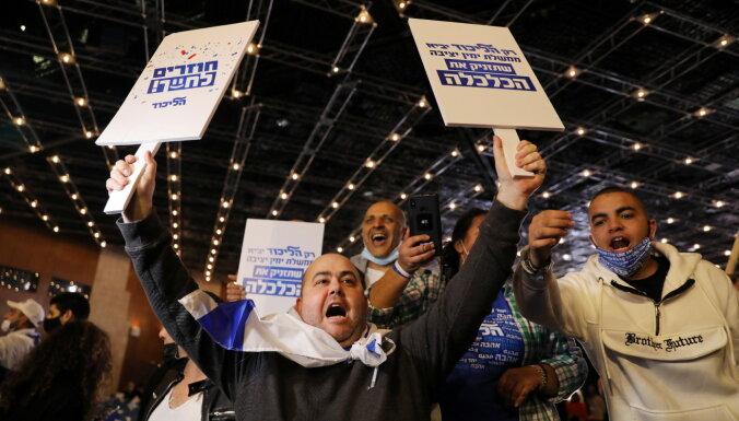Aptaujas: Izraēlas parlamenta vēlēšanās vadībā Netanjahu partija
