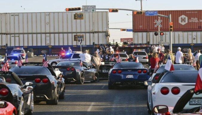 Поезд протаранил платформу с американскими ветеранами: 4 погибших