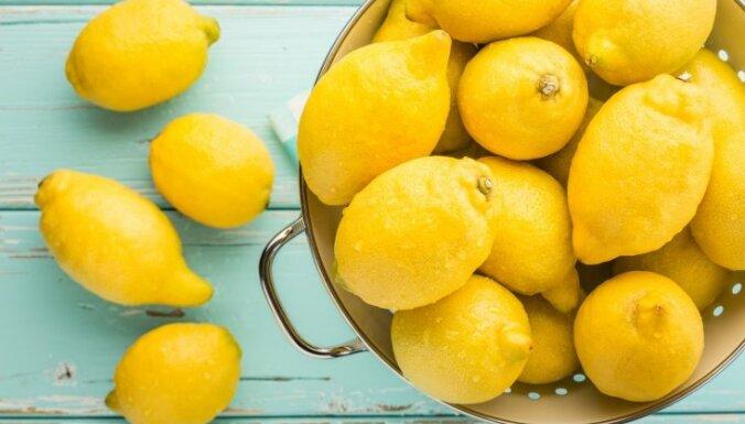 Citroni kulinārijā un virtuves darbos: pieci praktiski padomi
