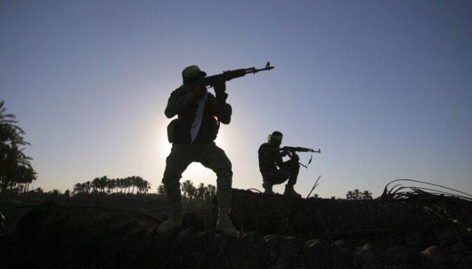 Sīrijas kurdi ieņem 'Islāma valsts' bāzi netālu no Rakas