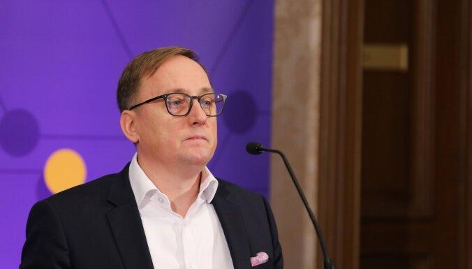 Глава Банка Латвии: хватит быть мостом между Востоком и Западом, надо вливаться в западную экономику