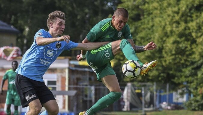 'Liepāja'/'Mogo' futbolisti virslīgas spēlē pārliecinoši uzvar 'Valmiera Glass'/ViA