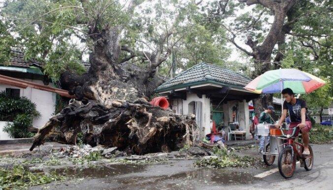 Taifūns 'Rammasun' Filipīnās dzēsis vismaz 38 cilvēku dzīvības