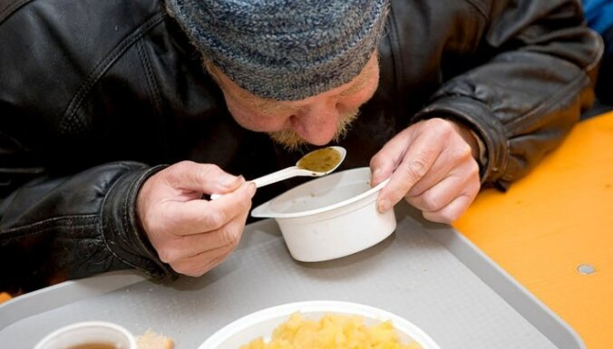 Рижские приюты для бездомных готовы к холодной погоде