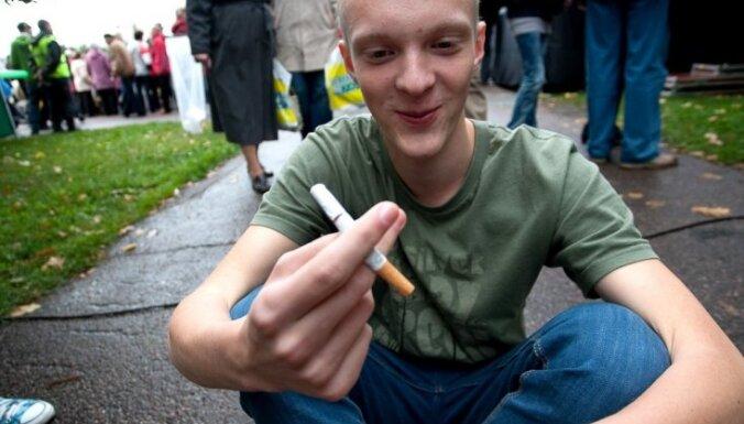 15 satraucoši fakti par smēķēšanu un smēķētājiem