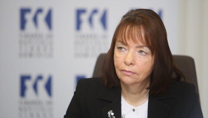 No amata atstādināta FKTK augsta līmeņa darbiniece