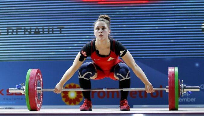 Тяжелоатлетка Ребека Коха завоевала золото чемпионата Европы