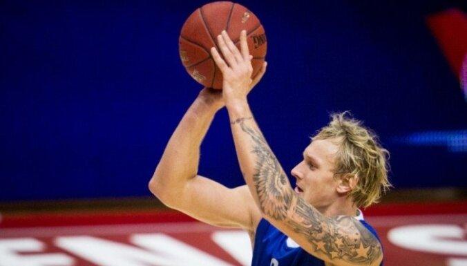 Два Яниса из Латвии примут участие в Матче всех звезд
